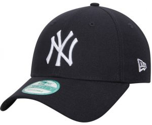 The iconic Yankees cap